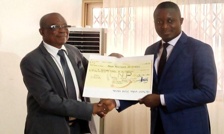 Le patronat togolais décaisse 2 millions de FCFA à Komlan Bessanh